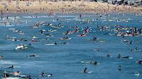 la zurriola donosti surf lleno 05