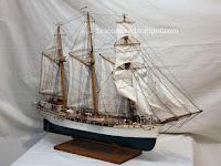 Mili Šantić, izložba maketa brodova, Postira slike otok Brač Online
