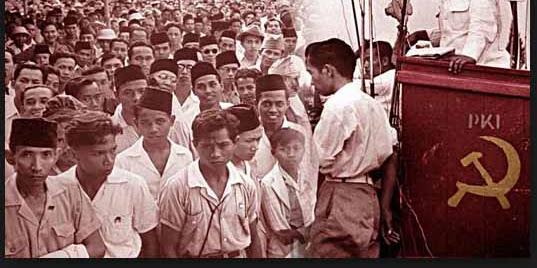 Nasakom Hinnga Terjadinya Pemberontakan G30S/PKI (Komunis)