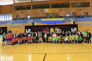 homenaje del Club Balonmano Barakaldo a 'Chandro'