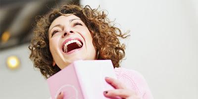 Salah Satu Ciri Khas Mengekspresikan Tertawa