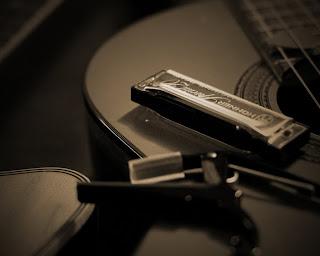 Kèn Harmonica Cho Người Mới Tập Chơi