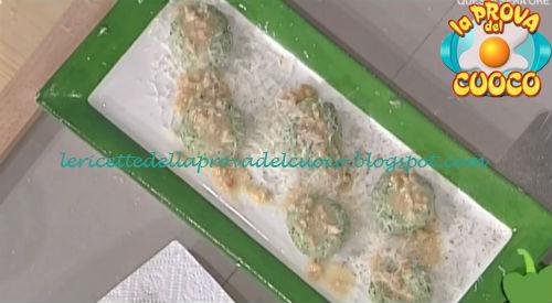 Gnocchi di erbe con anacardi tostati ricetta Scarpa da Prova del Cuoco