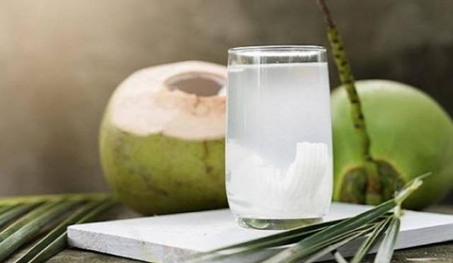 Resep Minuman Kreasi Air Kelapa Untuk Diet, Rahasia Cantik Nikmat Ala Wanita Asia