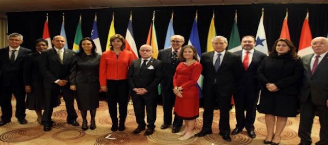 Grupo de Lima acordó que venezolanos podrán presentar títulos sin apostilla en Colombia