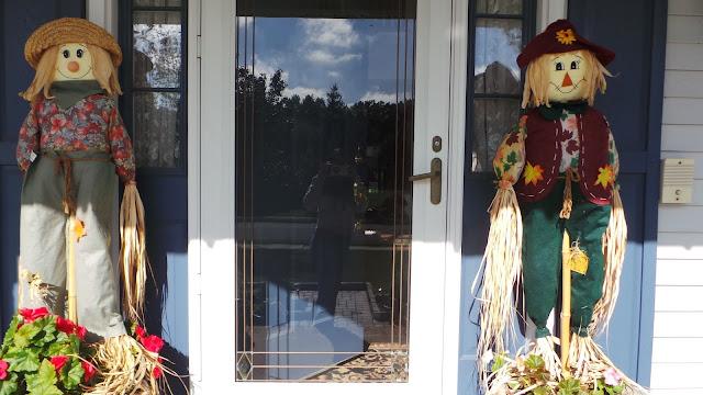 Frontyard Scarecrow