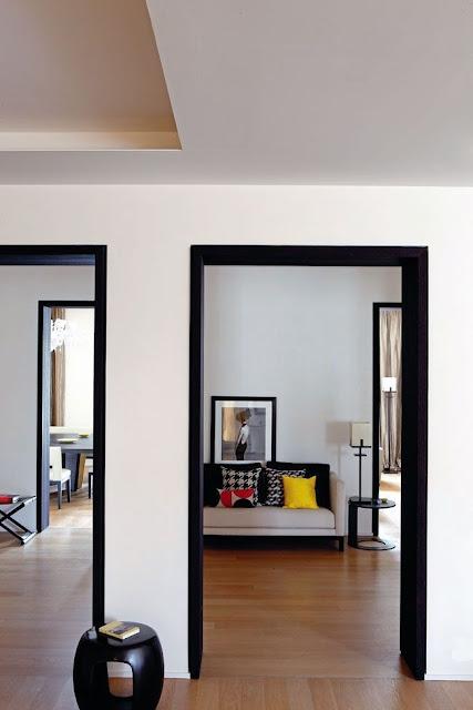 la fabrique d co du noir pour les portes et les fen tres. Black Bedroom Furniture Sets. Home Design Ideas