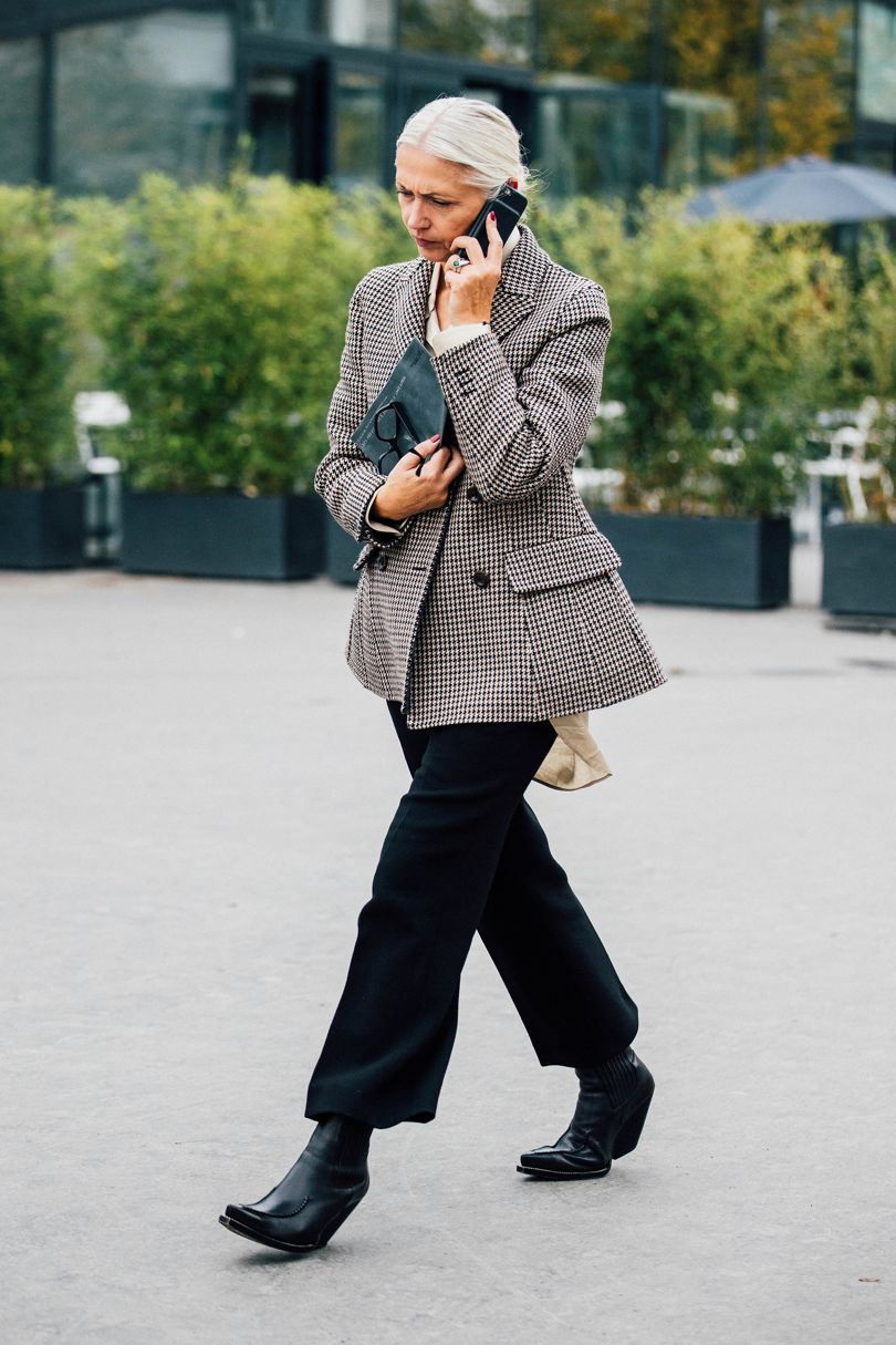 8a6814a44474 The streets at Paris Fashion Week have offered up a key style cue for your  autumnal wardrobe..... If you haven't already invested in an oversized  blazer, ...