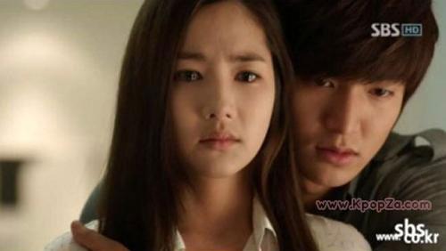 คอนเฟิร์มแล้ว Park Min Young และ Lee Min Ho แยกทางจากกัน