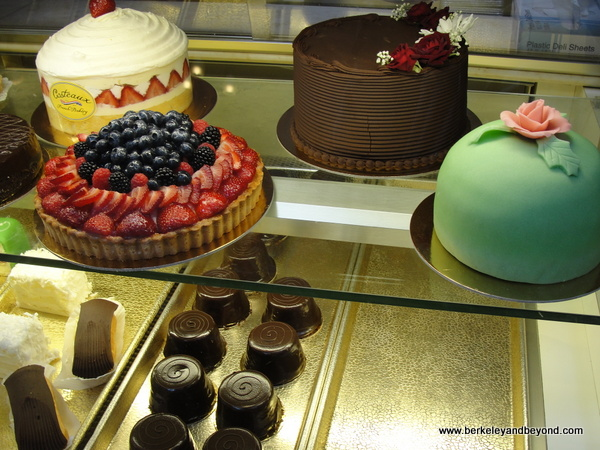 cakes at Costeaux French Bakery & Cafe in Healdsburg, California