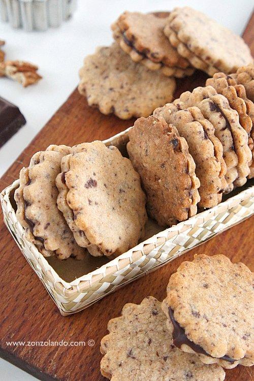Biscotti alle noci con caramello e cioccolato buonissimi ricetta facile - walnut and chocolate caramel cookies recipe