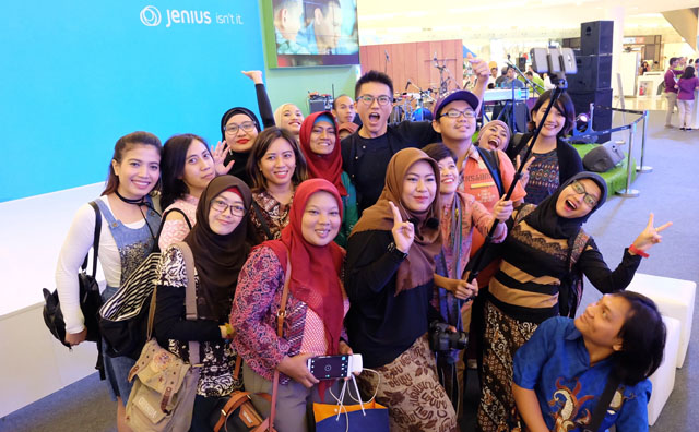 wefie,blogger,captainruby