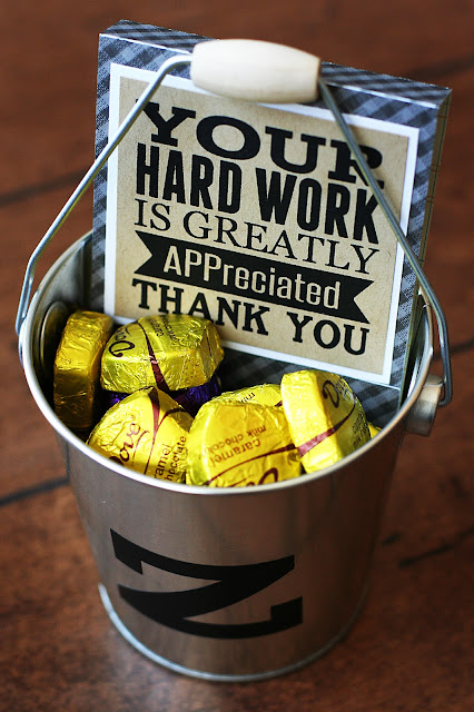 15 Teacher Appreciation Free Printables at the36thavenue.com Perfect for last minute gift ideas.