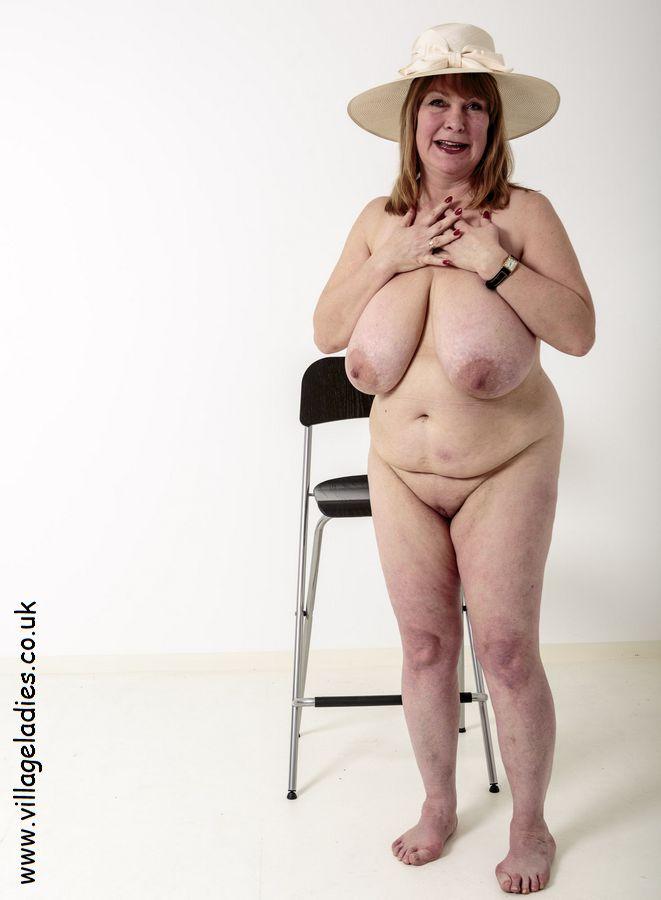 lusty mature women nude