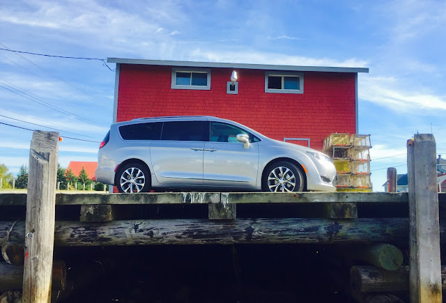 2017 Chrysler Pacifica Limited Billet Silver