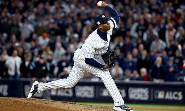 Evidentemente, la lesión no ha afectado mucho la capacidad de Chapman para lanzar su recta a la acostumbrada velocidad de siempre. En el 2018, el cerrador de los Yankees promedia una velocidad de 99.6 (100) millas por hora, casi el mismo promedio que tiene de por vida (99.88)