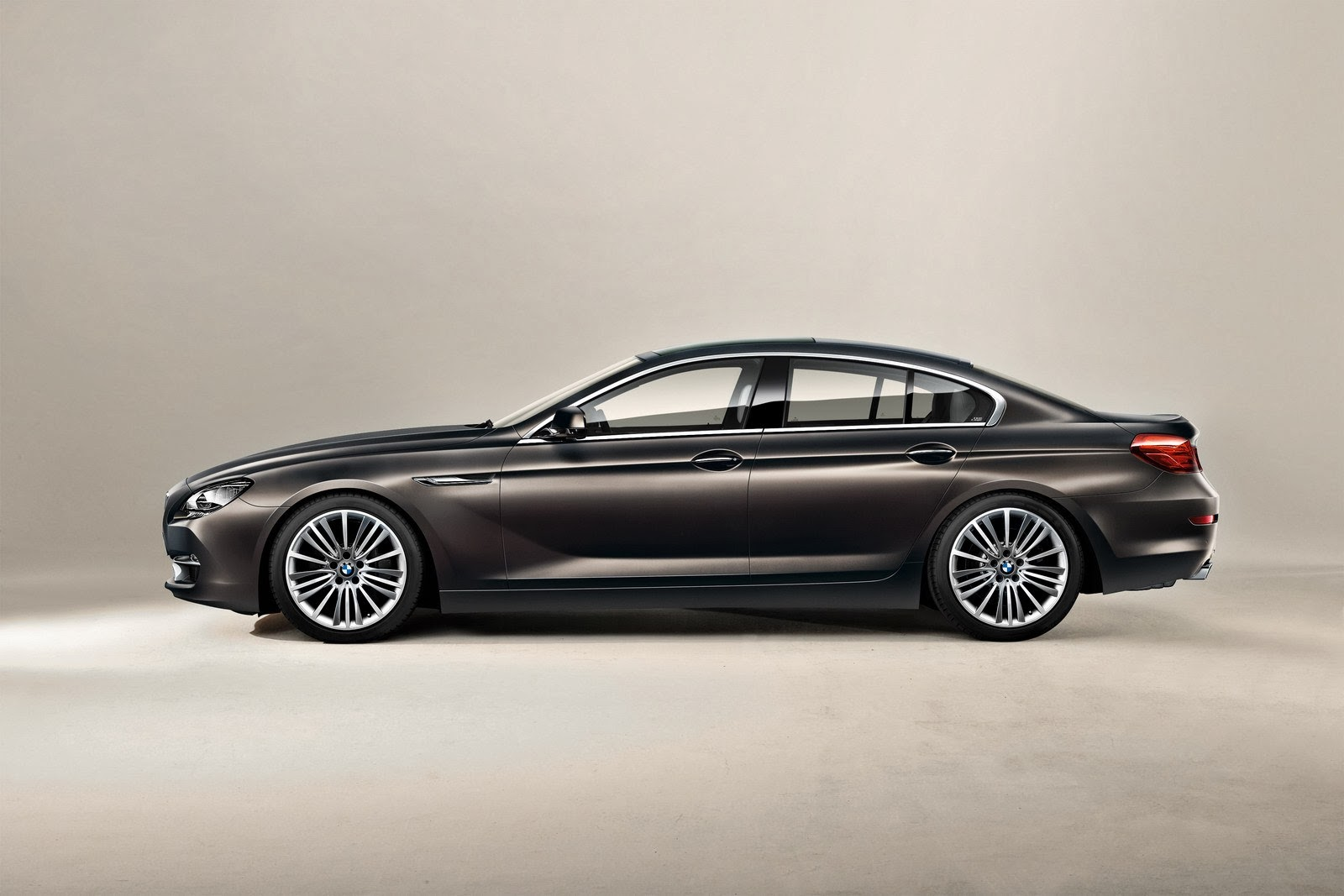 bmw 4 series gran coupe photos just welcome to automotive. Black Bedroom Furniture Sets. Home Design Ideas