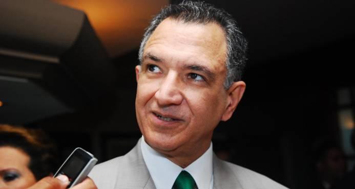 Grimaldi refuta artículo deportaciones de haitianos publicado por diario de El Vaticano