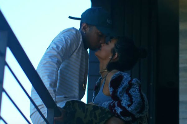 Tyga told about the relationship with Kylie Jenner in a new music video for the song is Stimulated