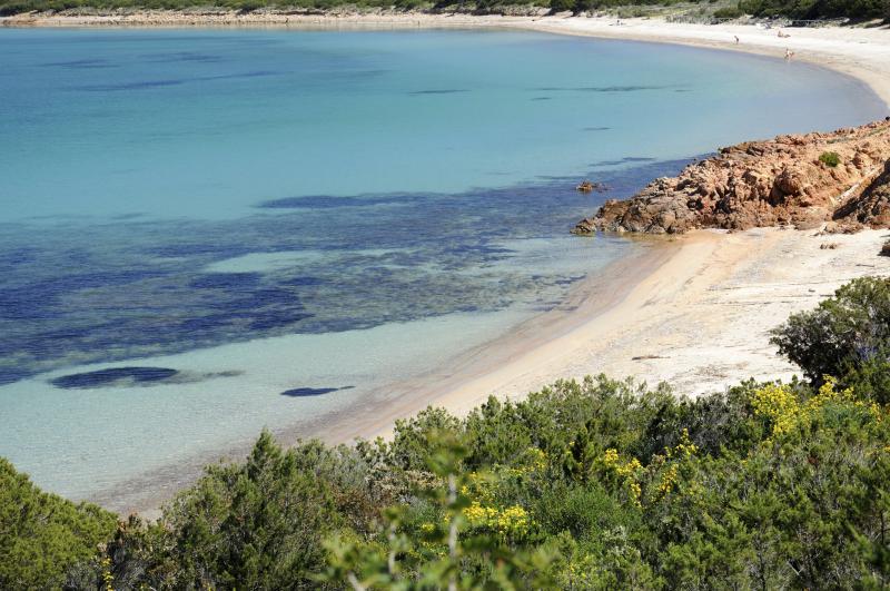 italy-sardinia-capo-coda-cavallo-beach