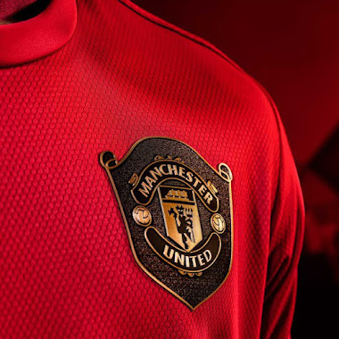 Here Is What Inspired Man Utd S Adidas 19 20 Home Kit Footy Headlines