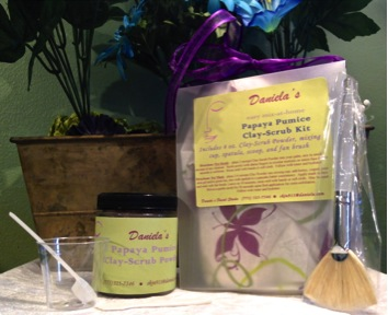 Exfoliating enzyme scrub and clay mask in one