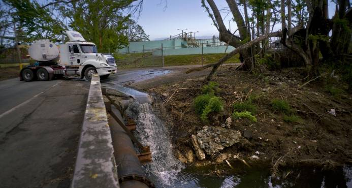 Demócratas buscan exención fiscal para Puerto Rico