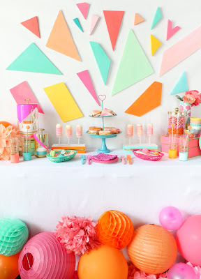 http://www.akailochiclife.com/2016/08/decorate-it-colorful-dessert-table.html