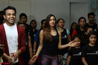 Kiara Advani Black Tank Top Tight leggings Tu Cheez Badi Hai Mast Mast~  Exclusive 19.JPG