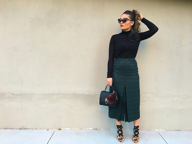 Midi skirt, brian atwood shoes, brian atwood snakeskin sandals, plaid skirt, plaid midi skirt, classic style, leather jacket, how to wear a midi skirt, midi suknja, moda za jesen, jesenji outfit, toronto blogger, srpkinje, top bloggers, top fashion blogger
