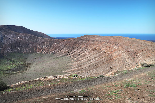 Caldera Blanca walk hike Lanzarote canary Islands map route photos