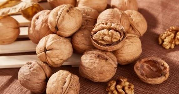 les avantages de la consommation de noix pour l 39 estomac. Black Bedroom Furniture Sets. Home Design Ideas