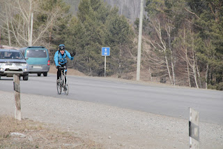 Велосипедисты на Качугском тракте