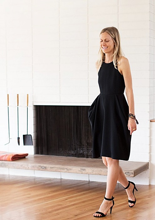 Jessica de Ruiter black dress