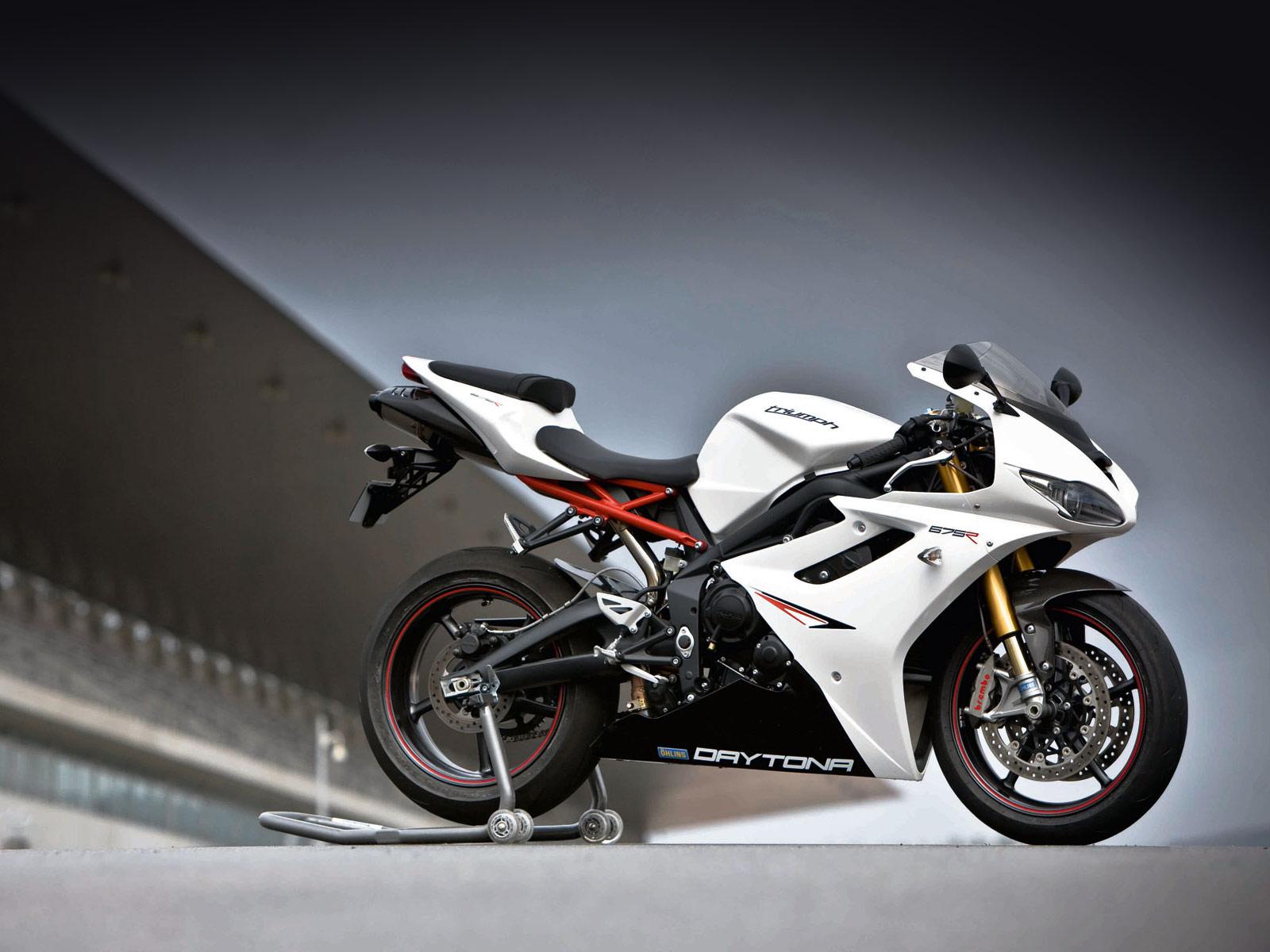 Ducati Monster 696: 2012 Triumph Daytona 675R Motorcycle ...