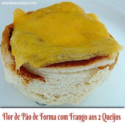 Flor de pão de forma com frango aos dois queijos