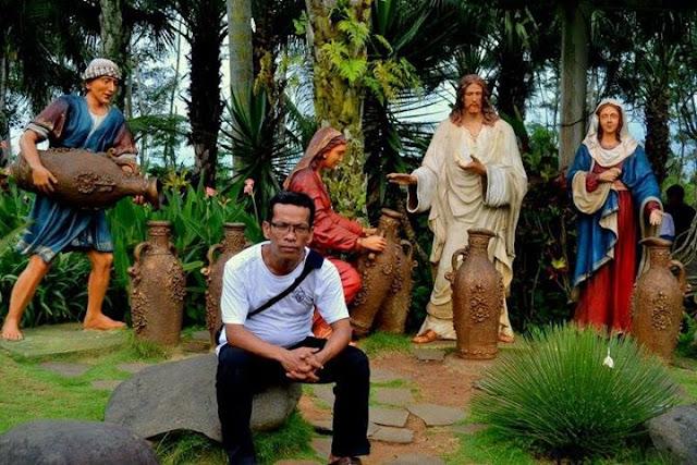 Bunda Maria dan Simbok Mariatun