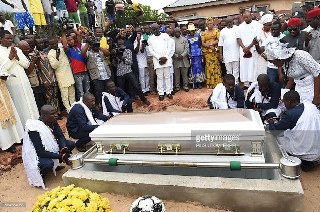 Photo Gallery: Stephen Keshi Laid To Rest In Benin City | Nigeria's