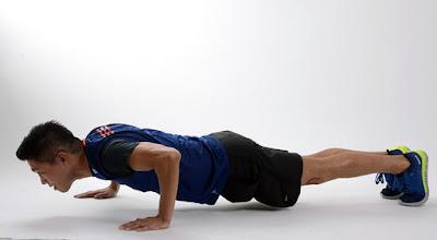[Fitness Tips, Yoga] पुशअप्स से एब्स पैक को सुडौल बनाने का तरीका जाने