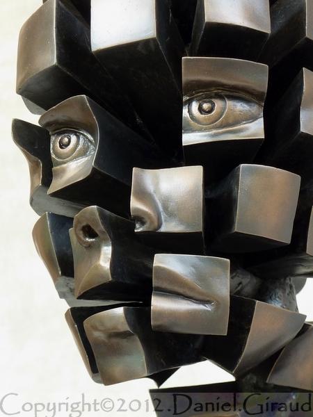 sculpture fragmentée