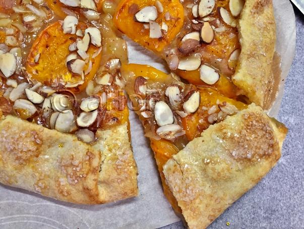 Apricot Rhubarb Rustic Tart