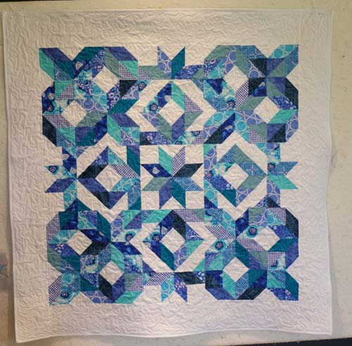 LeMoyne Star Fat Quarter Quilt Free Tutorial Designed by Bea from BeaQuilter for Accuquilt.
