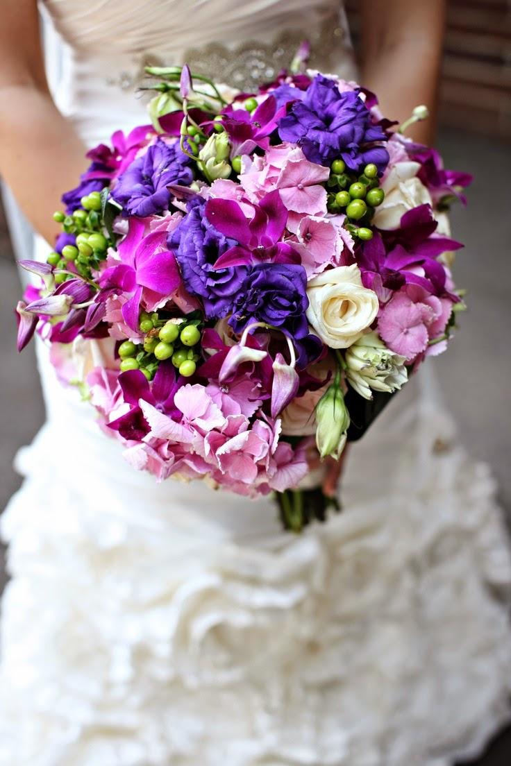 memorable wedding romantic purple wedding bouquets. Black Bedroom Furniture Sets. Home Design Ideas