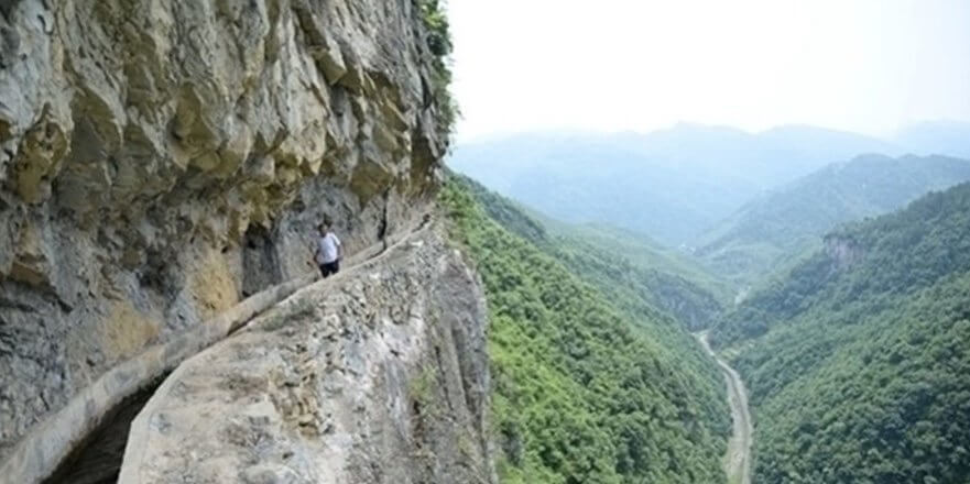 This Man Was Carving Into Mountains For 36 Years To Find Water For His Village