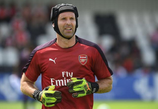 Chelsea sắp tái ngộ người cũ Petr Cech