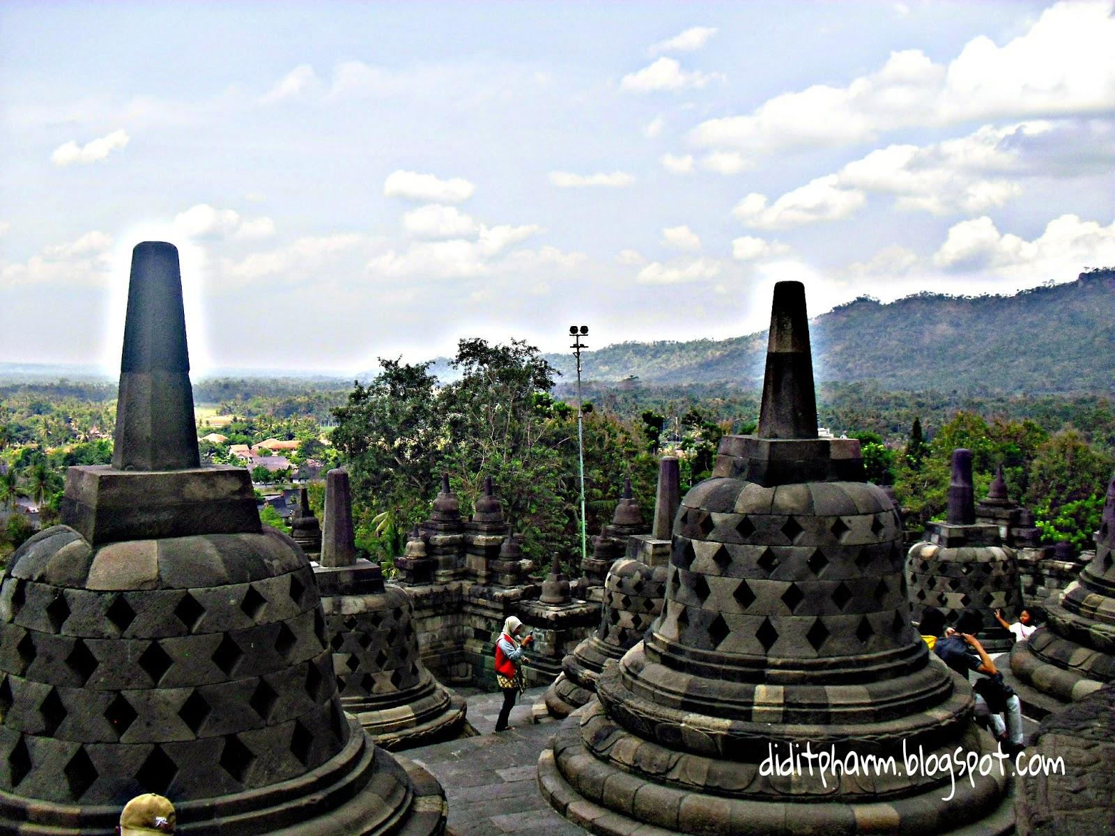 Belajar Sejarah Dari Candi Borobudur Jawa Tengah Lazwardy Journal