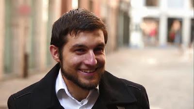 Kegigihan Mark Seorang Muallaf Untuk Mendalami Agama Islam
