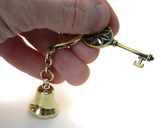 купить колокольчик из бронзы латуни колокольчик в подарок