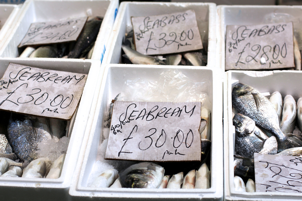 Fresh fish at Billingsgate - London foodie blog