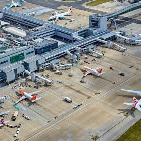 "Flight grounded after anxious passengers spot ""Jihadi London"" WiFi hotspot"